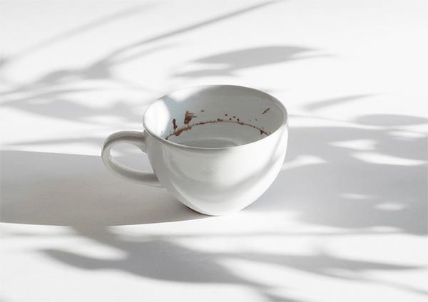 飲み終わってからがサプライズ。コーヒーカップの中のロマンティックな風景 - Tiny Landscape in a Coffee Cup