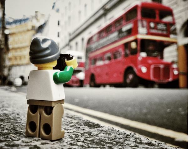 いつもの景色も違って見える!かわいい冒険写真家の日常 - LEGOgraphy