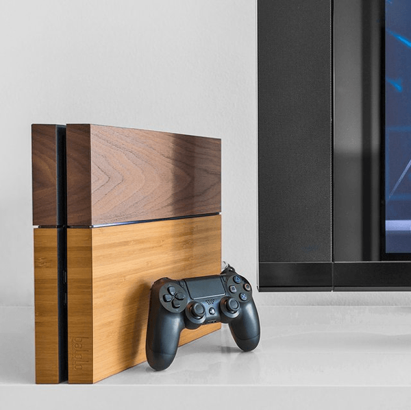 Wooden PlayStation 4 Cover