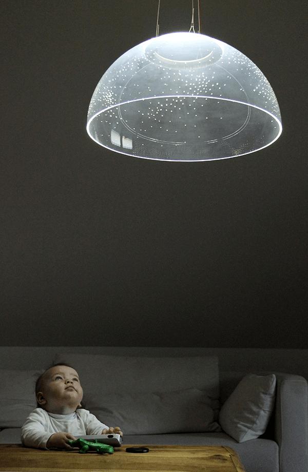 消したくなる照明があったなんて。星空を満喫できるロマンチックなペンダント - Skylight