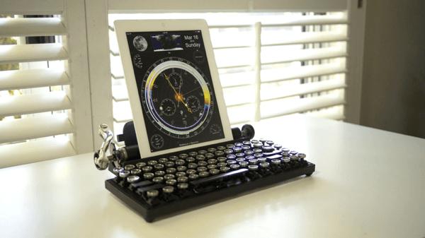 これはオシャレ! 古き良き時代のタイプライター風キーボード - Qwerkywriter