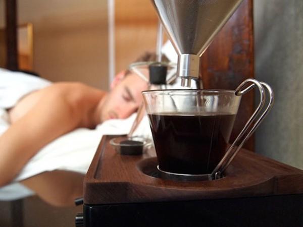 優雅すぎる!完璧な朝をむかえられる完璧な目覚まし時計- Barisieur