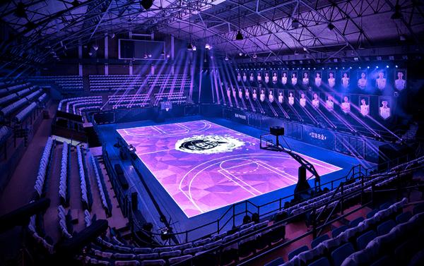これが未来のスポーツだ!ハイテクに進化したバスケットコートがすごい! - LED basketball court