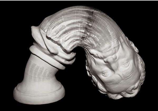 衝撃!どこまでもびよーんと伸びるろくろ首のような不思議な彫刻 - Flexible Paper Sculptures