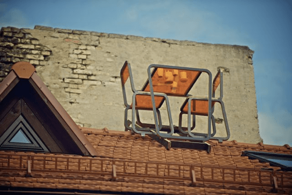 Kraiginio stogo baldai