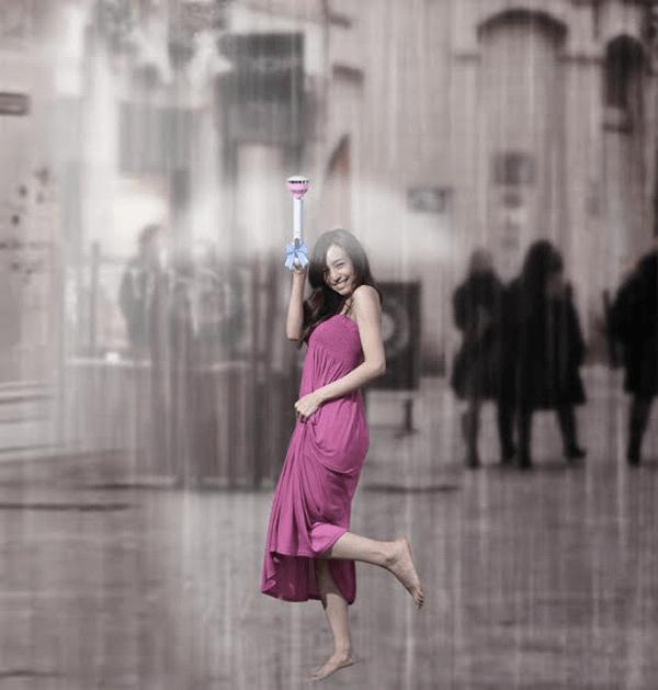 まさにドラえもんのひみつ道具!雨の方から避けてくれる見えない雨傘 - Air Umbrella