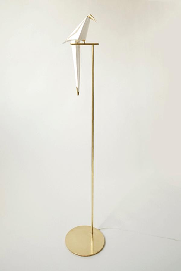 大人の部屋のアクセント!鳥の形のゆらゆらと揺れる灯り - Perch Light
