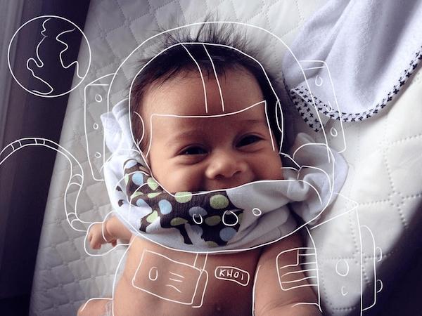クリエイティブなお父さん!スケッチひとつで赤ちゃん大冒険写真に - KHOI WORLD