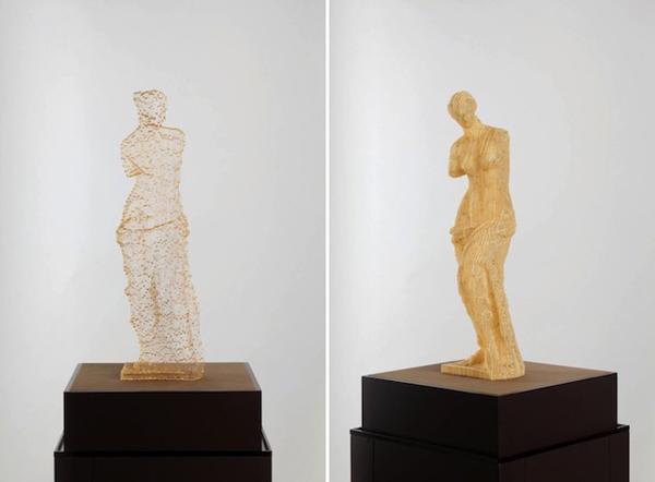 不思議な存在感。角度によって透ける紙でできた彫刻 - Disappearing Paper Sculptures