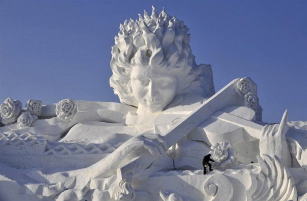 スケールが違う!一度見たら忘れられないような芸術的雪像