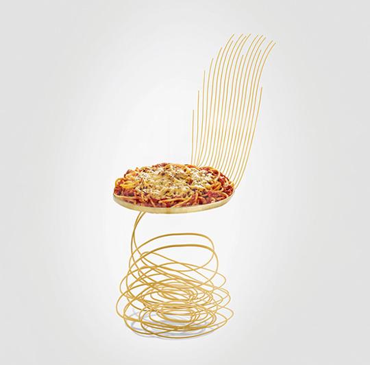 とことんイタリアン好きへ贈る。ピザやパスタがモチーフの奇抜すぎるイス