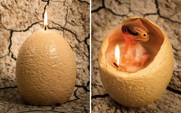 これはほっこり!ひなが生まれる恐竜の卵キャンドル