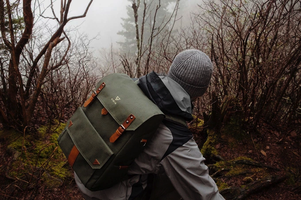 S | Series : Travel & Camera Bag by VINTA