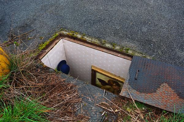miniature underground rooms