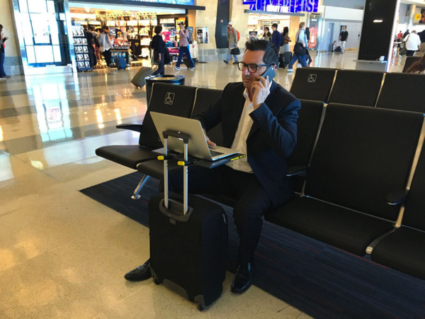 Smartoo travel desk
