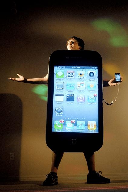 guyPhone 4
