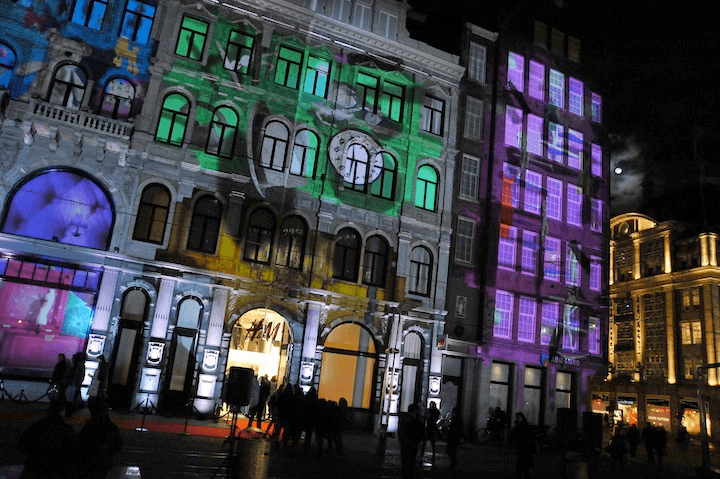 H&M's Surreal Projection Mapping